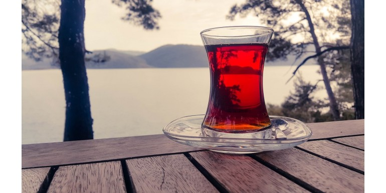 Czy warto pić czerwoną herbatę?