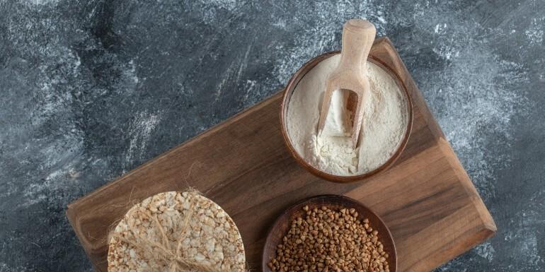 Mąka gryczana – gdzie kupić? Kto powinien po nią sięgać?